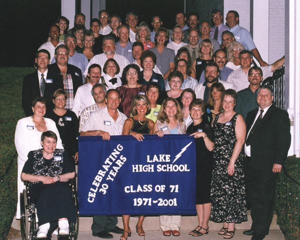classpic30th.jpg